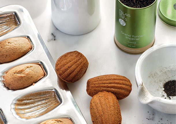 Madeleines with Grand Yunnan Impérial